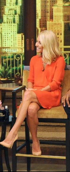 Kelly Ripa: Dress – Parker  Shoes – Gianvito Rossi
