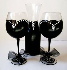 Audrey Collection – Audrey Decanter set – 1 decanter – 2 wine glasses – hand painted – order early for christmas!