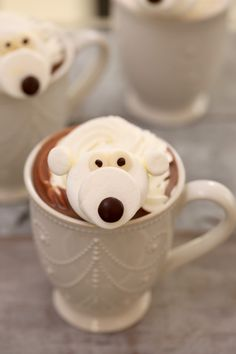 Marshmallow Polar Bears - Bring a smile to kids faces this Winter with a Polar Bear in their Hot Chocolate