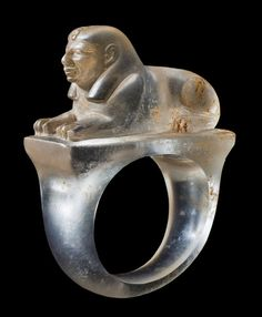 Rare Egyptian Rock Crystal Sphinx Ring, New Kingdom, Rammesside Period, 19th-20th Dynasty, 1295-1069 BC To date, there are virtually no examples of rings with three-dimensional representations of sphinxes on their bezels.