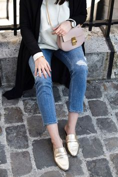 Chloé Drew bag mini in cement pink & H&M golden slippers