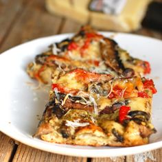 Portobello Red Pepper & Pesto Pizza