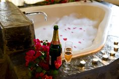 Romantic nights shared at Zulu Nyala Country Manor