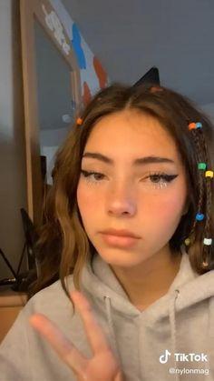 Indie Makeup, Edgy Makeup, Cute Makeup, Makeup Inspo, Makeup Inspiration, Makeup Tips, Makeup Looks, Hair Makeup, Alternative Makeup