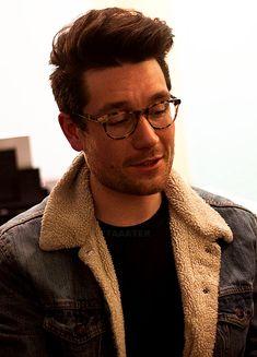 Denim and Glasses feat. Dan