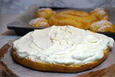 Saffrans krämkaka - Victorias provkök Something Sweet, Lchf, Camembert Cheese, Dairy, Veggies, Pie, Victoria, Desserts, Advent