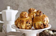 Chocolate brioches Evo, Muffin, Chocolate, Breakfast, Sweet, Muffins, Chocolates, Cupcake, Cup Cakes
