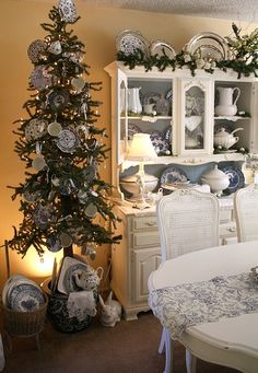 Pretty Christmas room, I have same hutch...hmm...maybe I should paint it!