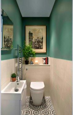Very small bathroom? All solutions and tricks to set it up – bath – Very small bathroom? All solutions and tricks to set it up bath The post Very small bathroom? All solutions and tricks to set it up – bath – appeared first on Crafts. Small Downstairs Toilet, Small Toilet Room, Very Small Bathroom, Modern Bathroom, Bathroom Green, Downstairs Bathroom, Minimalist Bathroom, Serene Bathroom, Bathroom Canvas