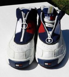 23d42c1592a9 Vintage Men s Size 10.5 White Tommy Hilfiger High Sneakers Zip Bold Logo  GUC