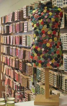 ButtonShop.ca - Button display