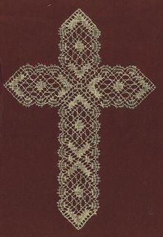 Bobbin Lace Cross in Hobbies by