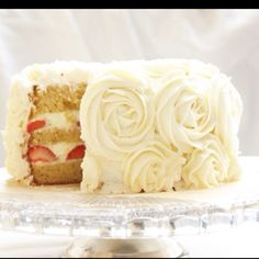 Tres leche fresca for a wedding should look like this and taste like heaven.