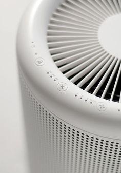 MUJI MJ-AP1 | 空気清浄機「MJ-AP1」は、企画・デザインを良品計画が、技術設計・開発をバルミューダが担当。: