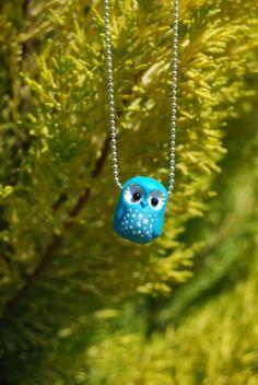 Turquoise owl pendant por Hybridary en Etsy, €12.00