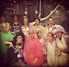 I just love Holly's costume!