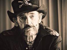Canal Electro Rock News: Vocalista e baixista do Motörhead, Lemmy Kilmister, morre aos 70 anos