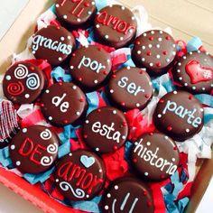 Galletas bañadas en chocolate con frase para regalar en San Valentín