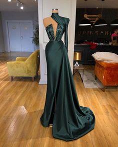 Unique Prom Dresses, Glam Dresses, Event Dresses, Stunning Dresses, Pretty Dresses, Fashion Dresses, Oscar Dresses, Modest Fashion, Hijab Fashion