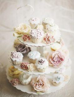 ~ cupcake platehttp://www.paulbarbera.com/