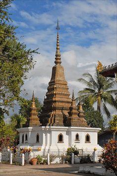 That Luang (Luang Prabang) Laos