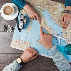 Cheap Travel Tips to Help You Conquer Your Globetrotting Dreams — Without the Debt Top Travel Websites, Travel Careers, Travel Jobs, Business Travel, Travel Hacks, Travel Rewards, Travel Packing, Travel Guide, E Dublin