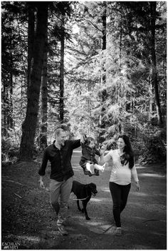 Coquitlam Family Photography Session at Mundy Park By Lachlan and Emily Photography