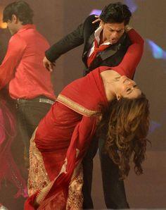 Shah Rukh Khan and Kajol at Stardust Awards