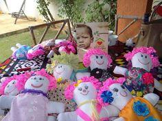 As primeiras Bonecas feitas por nossas Voluntárias..  Dolls for donation