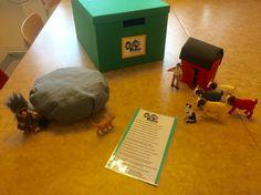 etter och hans fyra getter Språklådor är ett sätt för oss pedagoger att variera innehållet men ändå ha samma struktur. Konkret material för att fånga intresse och få hjälp att hålla fokus/motivation. Barnen får hjälp att förstå innehållet och förstår man blir det också mer meningsfullt. Stimulerar barnens språk och ökar begreppsbildningen. Fairy Tales, Preschool, Blogg, Language, Education, Tips, Ideas, Kid Garden, Fairytail