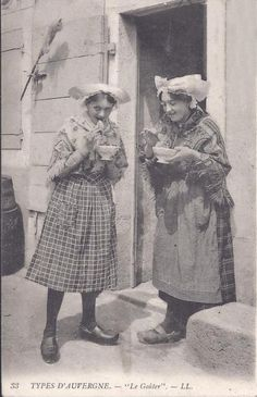 French folk dress from Auvergne