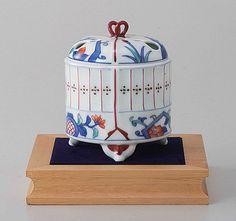 Tokyo Matcha Selection - [Premium] Arita Porcelain Cencer : Insect Cage - Incense Burner Holder w Base