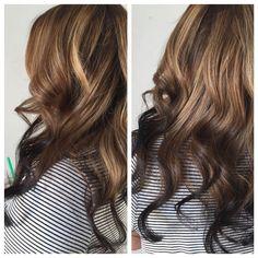 Balayage reverse ombre--light brown to dark brown. Reverse Balayage, Reverse Ombre Hair, Hair Lights, Light Hair, Dark Ombre Hair, Hair Color Highlights, Hair Color Balayage, Hair Color Pink, Hair Colors