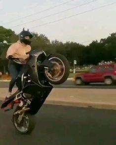 Girl Riding Motorcycle, Motorcycle Couple, Motorbike Girl, Motorcycle Bike, Lady Biker, Biker Girl, Sport Bikes, Sport Cars, Biker Photoshoot
