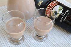 Baileys fatto in casa, scopri la ricetta: http://www.misya.info/2015/07/24/baileys-fatto-in-casa.htm