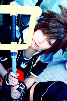 Sora - Kingdom Hearts cosplay | The hair and the pose is what makes this an excellent cosplay. Description from pinterest.com. I searched for this on bing.com/images