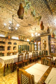oldfashioned.taverna by Vicktor Belicak on 500px