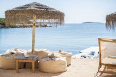 Ibiza hotspot: Babylon Beach Bar. Organic foods and drinks