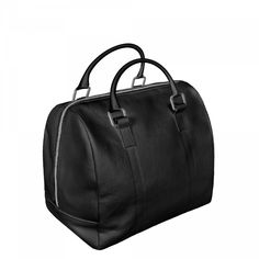 MATTEA: Metallic zipper, curved handles, large interior with side inner pocket. Casual chic.