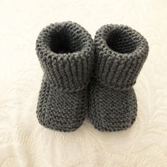 Rillestrikka babysokker. Baby Shoes, Slippers, Kids, Shopping, Clothes, Fashion, Threading, Young Children, Outfits