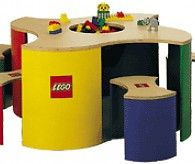 LEGO Play Table with storage and chairs. Here you can buy the official LEGO play tables. Large LEGO activity tables with grid.