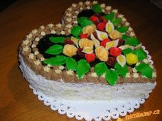 Krém z ledových kaštanů | Mimibazar.cz Tiramisu, Cake, Ethnic Recipes, Desserts, Food, Tailgate Desserts, Deserts, Kuchen, Essen