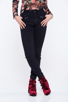 Top Secret black casual cotton jeans with front and back pockets, with pockets, slightly elastic cotton, front and back pockets, tented cut, women`s jeans
