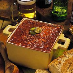 game day chili with beer and chilies