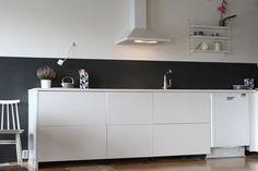 valkoinen keittiö maustehylly - Google Search