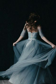 Ball Dresses, Ball Gowns, Pretty Dresses, Beautiful Dresses, Fantasy Gowns, Fairytale Dress, Princess Aesthetic, Medieval Dress, Jolie Photo
