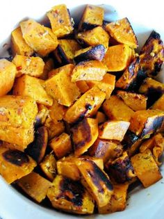 Herb Roasted Sweet Potatoes from Food.com The thyme, garlic and red pepper gives great flavor to the sweet potatoes. Healthy option is instead of olive oil try using Pam or No Oil.  Just spray the slices on both sides then shake them in the zip lock bag with the herbs.