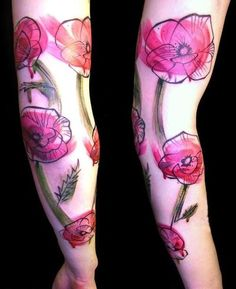 I love Peter Aurisch's tattoos // poppy // watercolor tattoos.