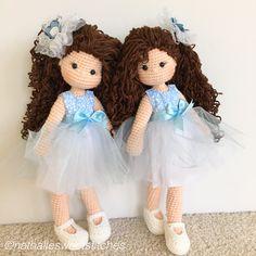 Amigurumi twin dolls