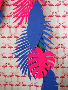 Découpage de feuilles pour décoration tropicale #tropical #anniversaire #fete… Plus